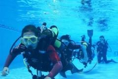 kids pool diving