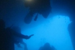 divers_in_virgin_cave