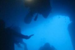 phoca_thumb_l_divers_in_virgin_cave-87